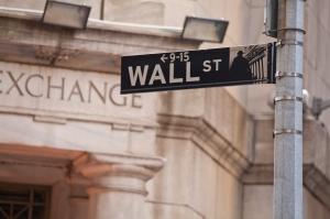 iStock_000032462830Largeinvestorrelations